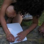 Hopi dosente den enseñansa regular no sa braille