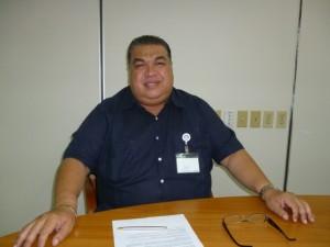 Belastingontvanger Alfonso Trona | potrèt: Dulce Koopman
