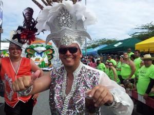 Minister Otmar Oduber como participante durante carnaval 2014. Foto: Ariën Rasmijn