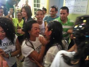 Graduadonan di VWO ta celebra na Colegio Arubano. Foto: Ariën Rasmijn