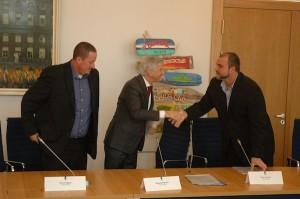 Minister Plasterk i e delegashon sabano - potrèt: Pieter Hofmann