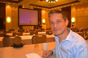 Fabien Cousteau tabata keynote speaker na e konferensha di CHATA | Potrèt: Dick Drayer
