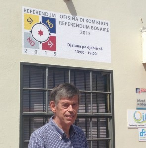 Presidente di e komishon di referèndem Douwe Boersema – potrèt: Janita Monna