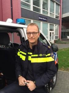 Ronald Bakker di polis di Zwolle – potrèt: Pieter Hofmann