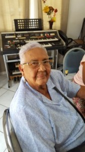 Servisio 60+ ta kombatí soledat: Dolorita Blanken (85) kursista ingles - Potrèt: Dulce Koopman