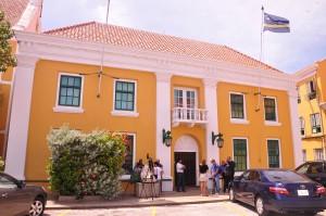Legislashon i Asuntunan Hurídiko na Fort Amsterdam | Potrètnan: Dick Drayer