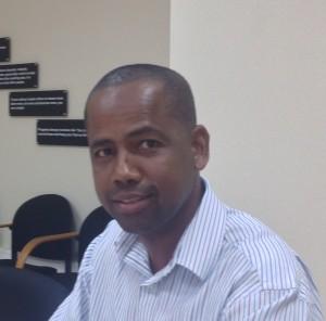 """Espesialmente pa funshon hbo ta difísil pa haña kandidato adekuá na Bpneiru"", John Soliano, direktor di Bonaire Holding Maatschappij (BHM) ta bisa – potrèt: Janita Monna"