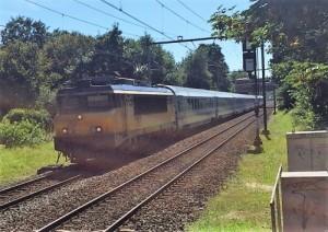 Hende di Tilburg sin trabou mester a las i raspa trein bieu sino lo a kita nan uitkering – potrèt: Pieter Hofmann