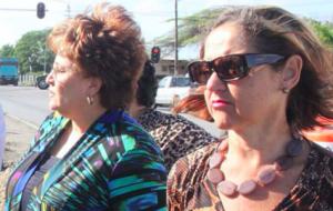 Camelia - Romer & Caroline Gonzalez Manuel - foto: Knipselkrant Curacao