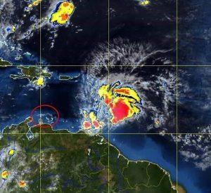 Segun meteorólogo Yogi Coffie, Matthew lo kousa espesialmente hopi molèster di awa – potrèt- Meteo Kòrsou.