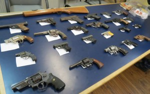 E proyekto 'Entregá i Desarmá Kòrsou' a generá 416 arma entregá na Ministerio Públiko - potrèt: Ministerio Públiko