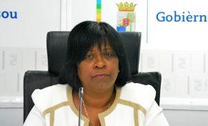 Minister demishonario Ruthmilda Larmonie-Cecilia | Potrètnan: Dick Drayer