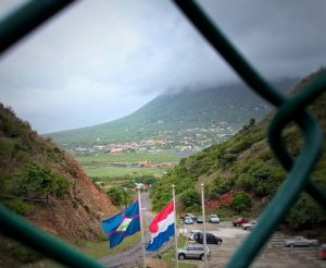 Sint Eustatius ker a keda den Antia, pero komo ku esaki no tabata un opshon, e isla a bira un munisipio di Hulanda – potrèt: Elisa Koek